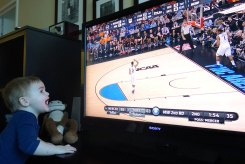 Henry watches Mercer upset Duke.
