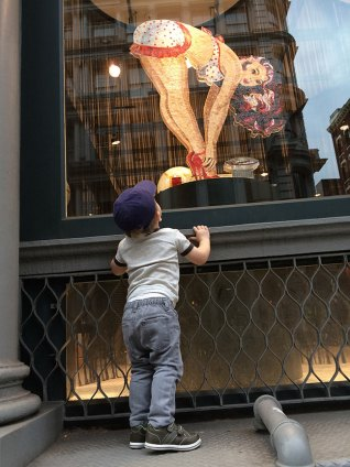 SoHo_window_stand_10.28.14